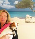 Marion Kunert & Frl.Sandy vor der Lieblingsdestination ARUBA