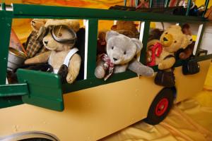 die-teddys-kommen-ins-luv-shoppingcenter_cmyk