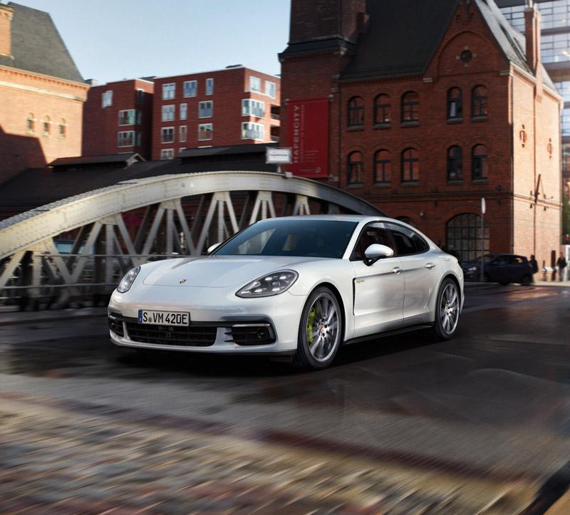 Porsche Panamera 4-E Hybrid - Foto Hersteller
