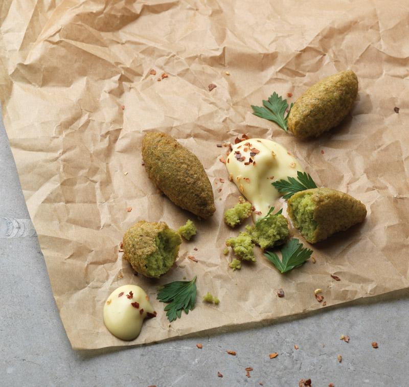 Falafel aus grünen Erbsen und Knoblauch-Mayonnaise © Christoffer-Lomfors