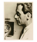 Man Ray, Self-Portrait with Camera, 1931, Silber-Gelatine-Abzug, 17,1 x 12,7 cm, © Man Ray Trust, Paris