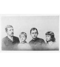 Julia Mann mit Tochter Julia, daneben die Söhne Heinrich und Thomas Mann, Lübeck, 1879, Quelle: ETH-Bibliothek Zürich, Thomas-Mann-Archiv